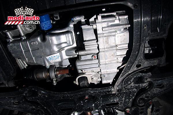 于广州本田08款飞度(fit)系列轿车的紧凑型发动机