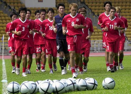 中国足球队vs马里队_中国香港男子足球代表队