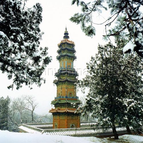 大报恩寺琉璃宝塔在南京